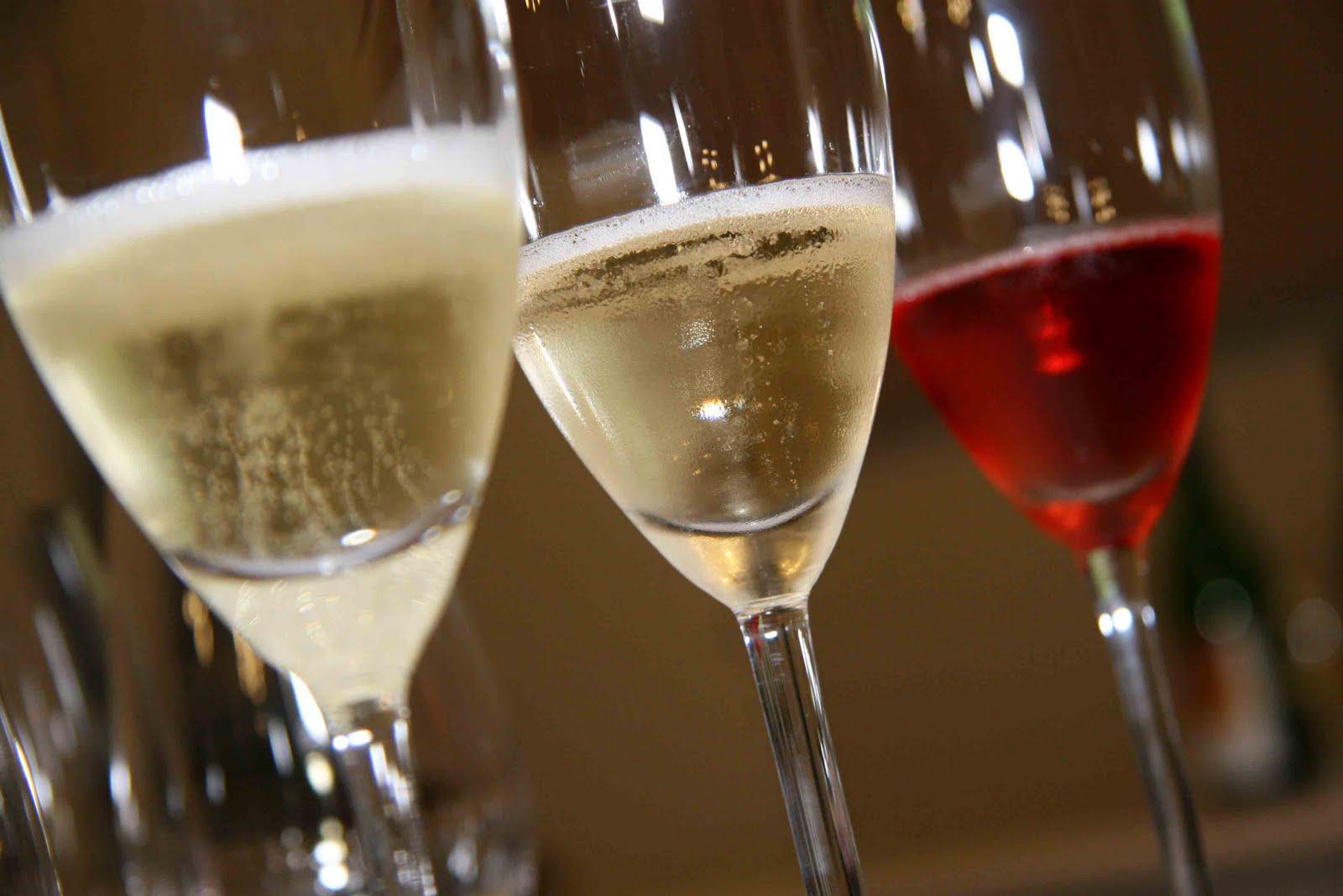 Você  sabia: Que a quantidade de açúcar, é que determina o tipo da champagne?